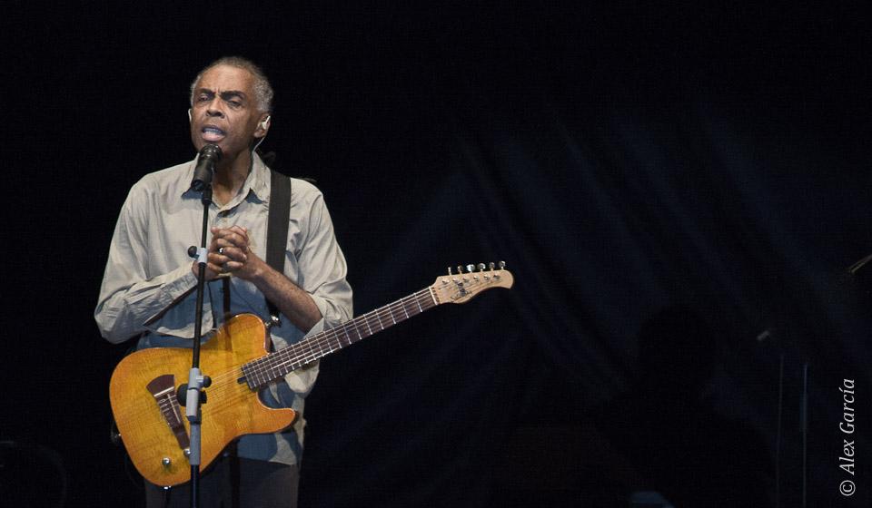 Charlando con el público - Gilberto Gil