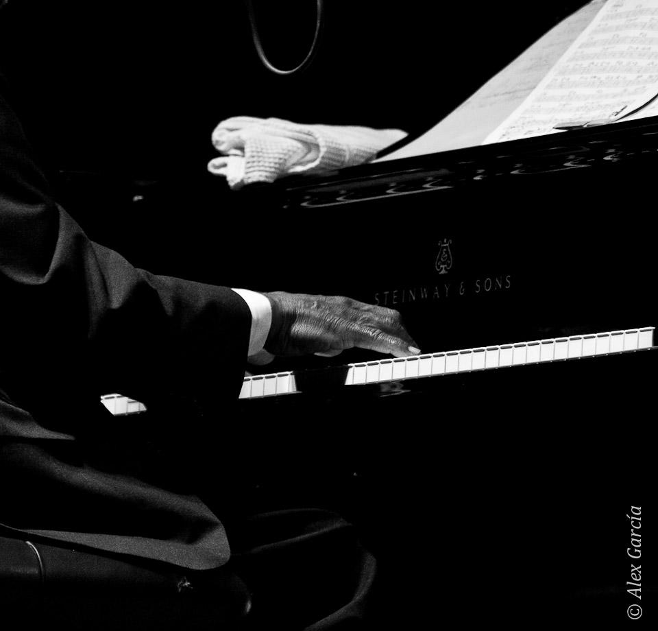 Elegancia al piano - Hank Jones