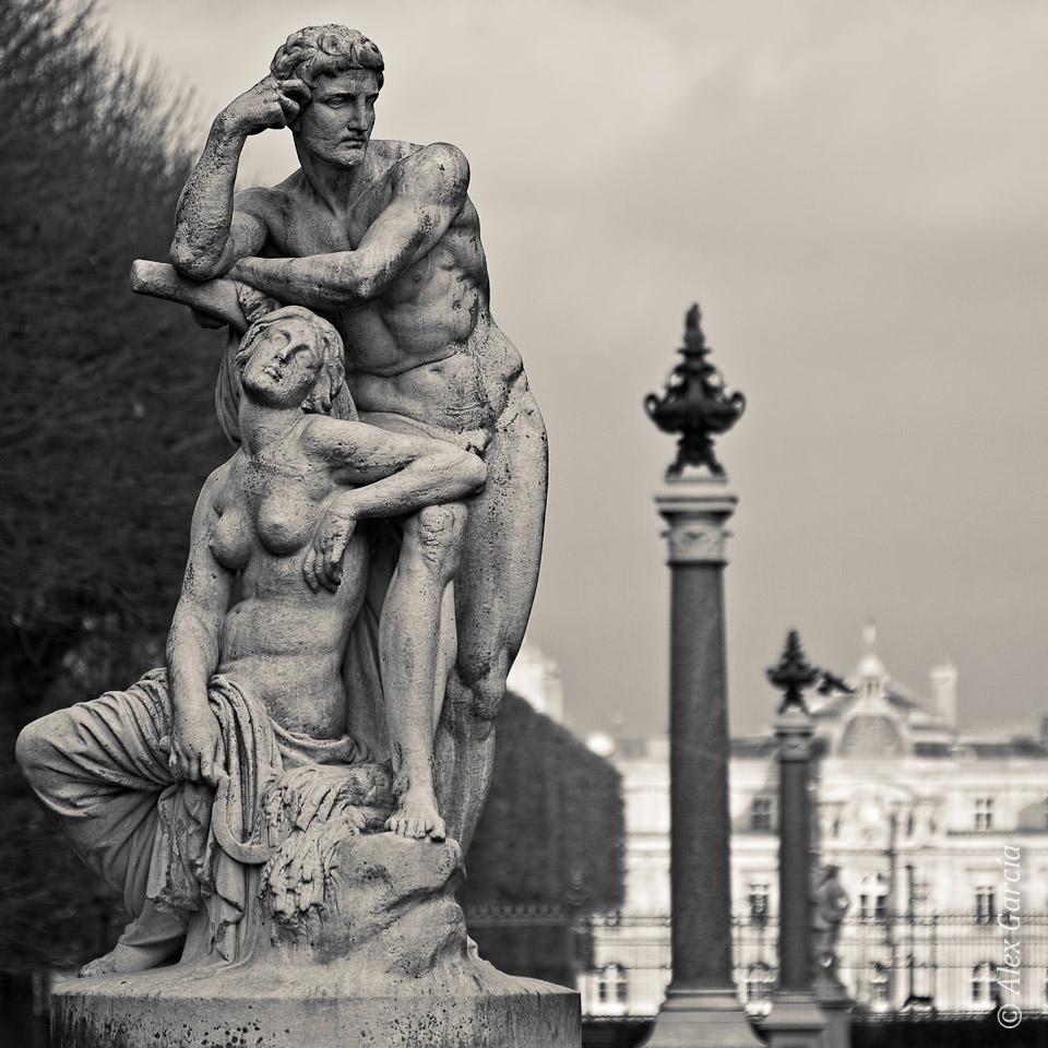 Piedra reflexiva en París